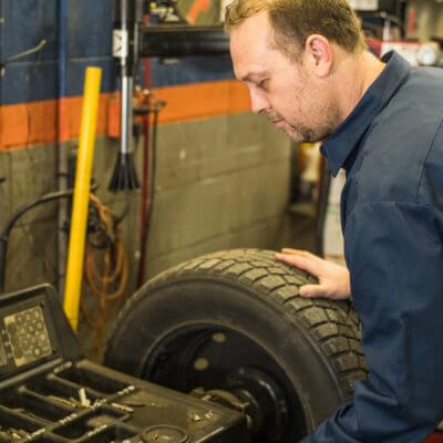services-tires-and-wheels2-400×400
